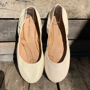 🌻Lucky Brand Nude Elasticized Leather Ballet Flats Size 8.5 Excellent Condition